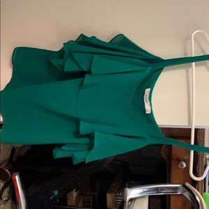 Fitted/loose emerald green silk blouse